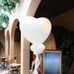 Liefdespilaar van ballonnen